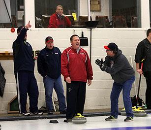 Curling_Teams